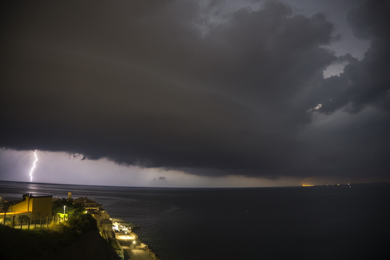 Pogled na shelf cloud z pirana 5.7.2018 jernej 1